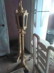 Par de tocheiro origial em madeira de lei  com lampadas zap *5