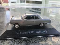 Miniatura 1/43 marca ixo ika Torino 380w em perfeitas condições da Argentinos