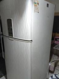 Refrigerador Frost Free Panasonic