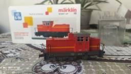 Locomotiva marklin dhg 700 código 36700 digital