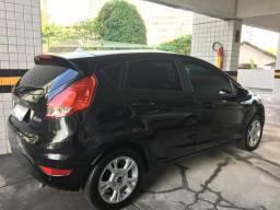 New Fiesta Hatch SEL 1.6 - 2017