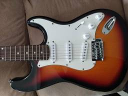 Vendo guitarra condor, aceito cartão de crédito!