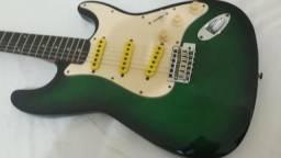 """Guitarra """"Shur USA"""""""