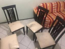 """Conjunto com 8 Cadeiras Em Madeira """"Assento em Estofado"""" para Sala de Jantar"""
