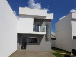 Vende Sobrado 2 sts, R$ 323.000,00,Residencial Vale do Araguaia Região Leste de Goiânia.