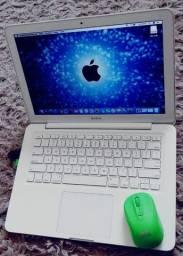 Macbook Conservado / 4G RAM . 250G HD / Bateria OK / Caixa e Manual !
