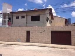Linda casa duplex, 4 suítes, elevador, energia solar, piscina, na Sapiranga