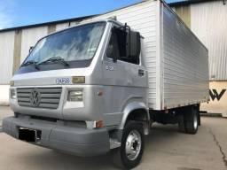 Caminhão 8-120 - 2004