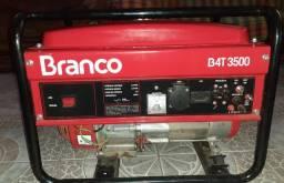Gerador de energia branco B4T 3500