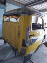 Cabine Mercedes 1313, 1113 e outras