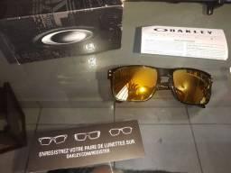 Óculos Oakley Holbrook Edição Limitada