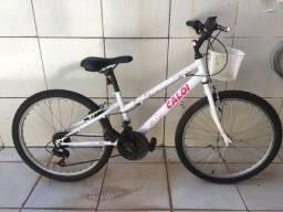 Bicicleta infantil Caloi Ceci aro 24 com 21 marchas