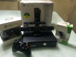 Xbox 360 Completo c/ Controle/Kinect com 8000 Jogos (Garantia da JCGames)