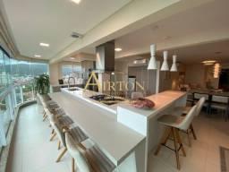 L3113, Apartamento finamente mobiliado com visão total do mar