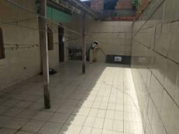 DOS-07- Alugo ótima casa com 3 qts com dois pavimentos