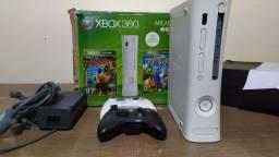 Xbox 360 desbloqueado com 2 controles