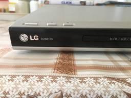 Aparelho de  DVD LG com controle remoto