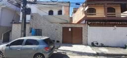 Título do anúncio: Aluga-se Casa em Village Familiar em Itapuã Proximo a Praia