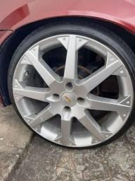 Título do anúncio: Roda 17 tala 7 do Astra Ss com pneu 185 35