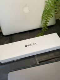 Apple Watch SE 40mm Preto Zerado