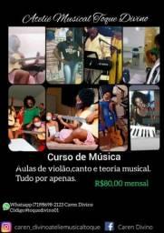 Aula de canto e  instrumentos