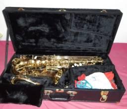Título do anúncio: Saxofone Auto Eagle