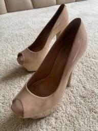 Sapato de Verniz Schutz