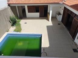 Título do anúncio: Alugo casa com piscina para fins residenciais ou comerciais, proximo ao curso BIOS