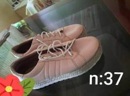 Lindas sandálias preço de desapego