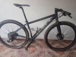 Bicicleta First 29 (17.5 - M) - Leia a descrição