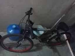 Título do anúncio: Bicicleta Usada ARO 26 com algumas peças novas