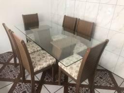 Título do anúncio: Mesa retangular, tampo de vidro, 6 cadeiras