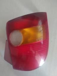 Lanterna traseira Palio serve 95 até 2000