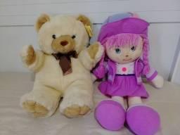 Boneca e urso.