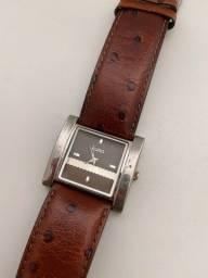 Relógio pulseira de couro marrom