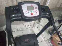 Título do anúncio: Esteira Eletrônica Dream Fitness DR 2110 Dobrável Bivolt Vel Máx 13 km/h - Prata<br><br>