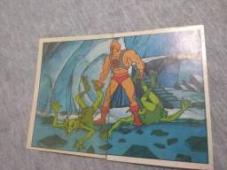 Vendo figuras do álbum He-Man 1983