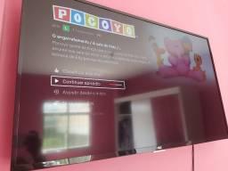 Vendo TV smart 43 polegadas novinha