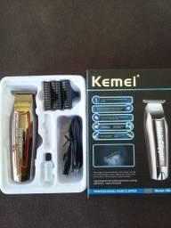 "Título do anúncio: ""Máquina de corte para acabamentos, profissionais marca Kemei."""