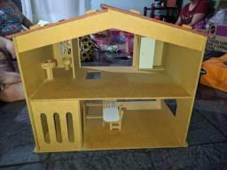 Vendo casinha de MDF