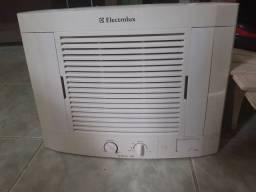 Ar Condicionado 7.500 BTUH.