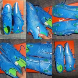 Chuteira 1 linha Nike ORIGINAL NA CAIXA