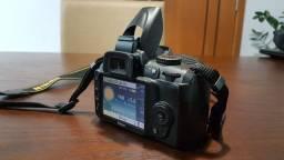 Vendo ou troco Nikon D3000 Dslr com 13.015 clicks + Kit De 3 Lentes Para 360º