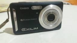 Câmera 8.1 mega pixels