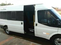 Van Ford com entrada negociável - 2010