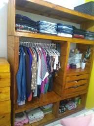 Closet guarda roupas em madeira de pinus e paletes rústico 1.60 x 2.00