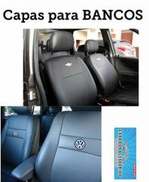 Capa de banco com a marca do carro