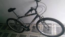Bicicleta aro 2Bicicleta aro 26 seminova