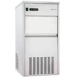 Maquina de Gelo Benmax Supe Ice 5013