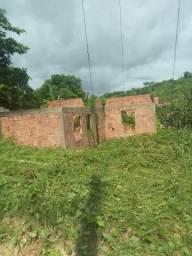 Vende-se terreno no bairro Araguaia